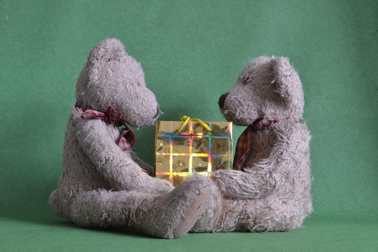 Idee e consigli per un regalo di compleanno primo box for Consigli regalo